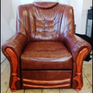 Újrakárpitozott felújított bútorok